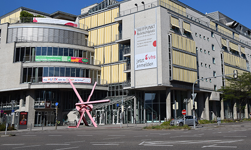 TREFFPUNKT Rotebühlplatz und Treffpunkt Kinder