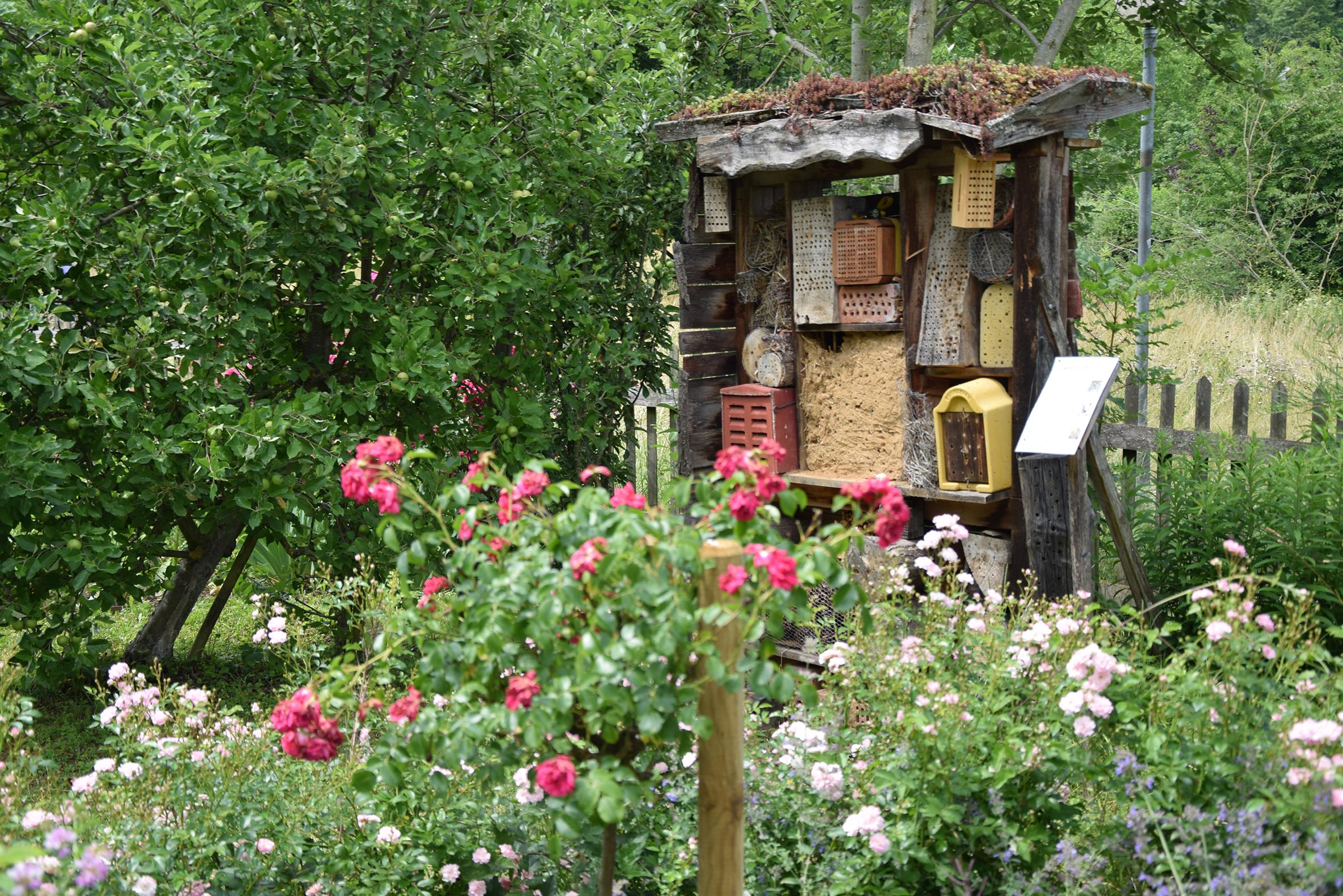 Insektenhotel der vhs ökostation